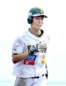 6安打5打点と活躍した富山の松村