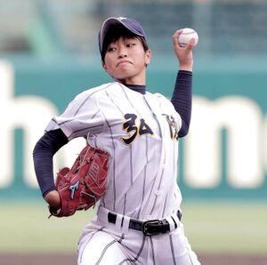 23日に甲子園で行われた選手権大会決勝でも好投した、神戸弘陵・日高