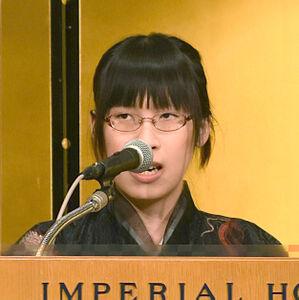 芥川・直木賞の贈呈式で登壇した李琴峰さん
