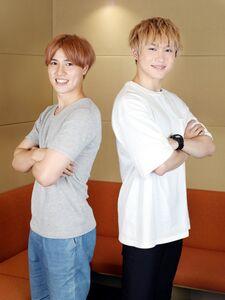 さわやかな笑顔で抱負を語った矢野奨吾(右)と土屋神葉