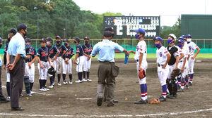 抽選に臨む京都洛北(左)と京丹後のナイン