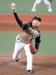 粘り強い投球を続ける伊藤大海