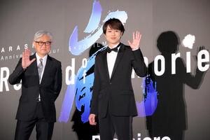 嵐への熱い思いを語った櫻井翔(右)と堤幸彦監督