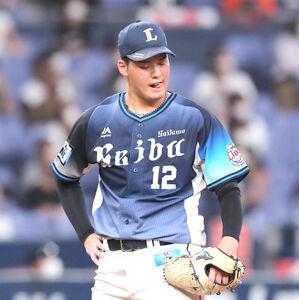 4回2死、T-岡田に同点となる右中間ソロ本塁打を打たれた渡辺勇太朗(カメラ・義村 治子)
