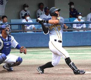 9回2死から右中間に二塁打を放ち、5打数4安打3打点と活躍した阪神・佐藤輝明
