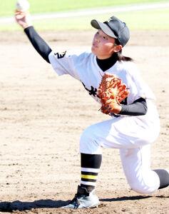 2試合とも1イニングを無失点投球した飯田中の吉川