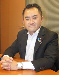 「党風一新の会」について語った吉川赳衆院議員