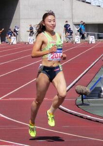 全日本実業団対抗選手権100メートル予選でゴールする市川華菜