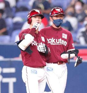 9回無死二塁、茂木(左)が中前へ同点打